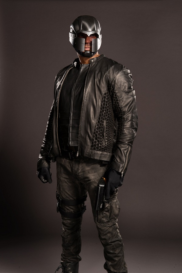 Diggle Arrow S04 new suit