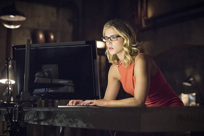 Felicity Smoak Arrow S04