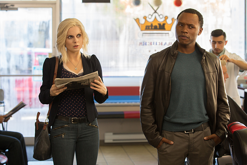 "iZombie -- ""Max Wager"" -- Image Number: ZMB207a_8915.jpg -- Pictured (L-R): Rose McIver as Liv and Malcolm Goodwin as Clive -- Photo: Jack Rowand/The CW -- © 2015 The CW Network, LLC. All rights reserved."