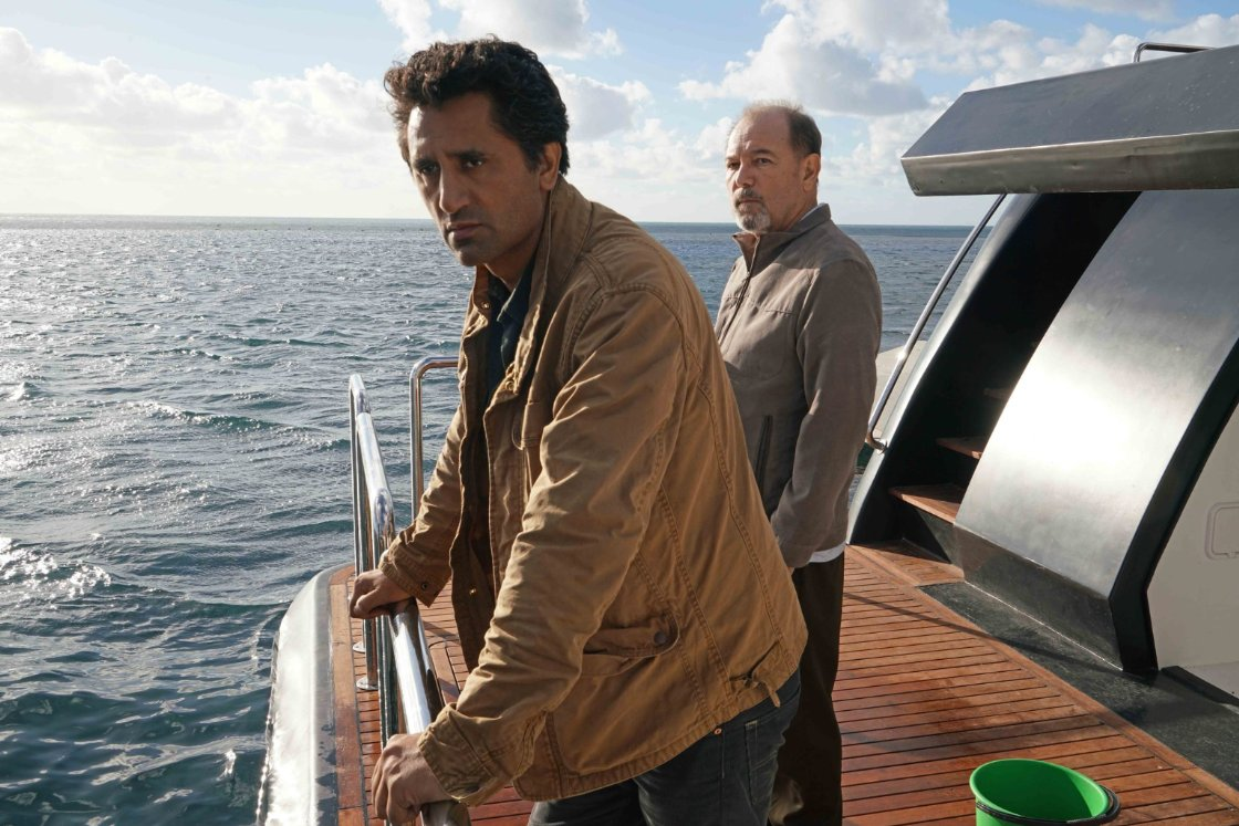 Fear The Walking Dead 2x1