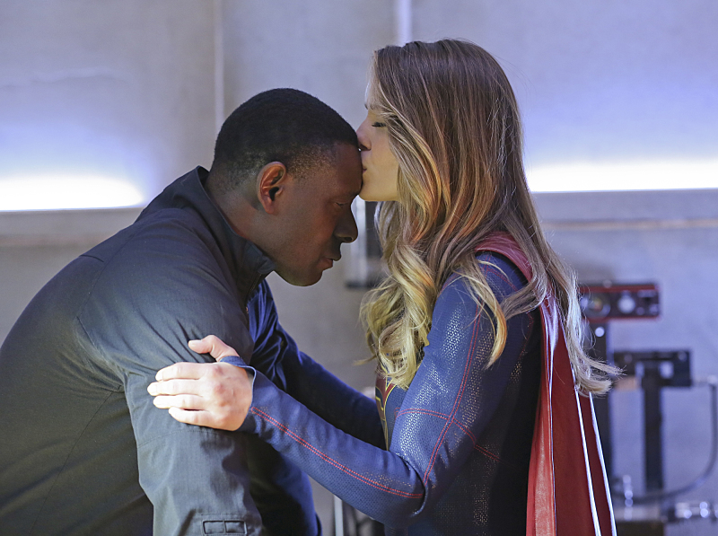 """Better Angels"" -- Supergirl (Melissa Benoist, right) is forced to do battle with an unexpected foe and must risk everything -- including her life -- to prevent Non and Indigo from destroying every person on the planet, on the first season finale of SUPERGIRL, Monday, April 18 (8:00-9:00 PM, ET/PT) on the CBS Television Network. Also pictured: David Harewood (left) Photo: Cliff Lipson/CBS ©2016 CBS Broadcasting, Inc. All Rights Reserved"