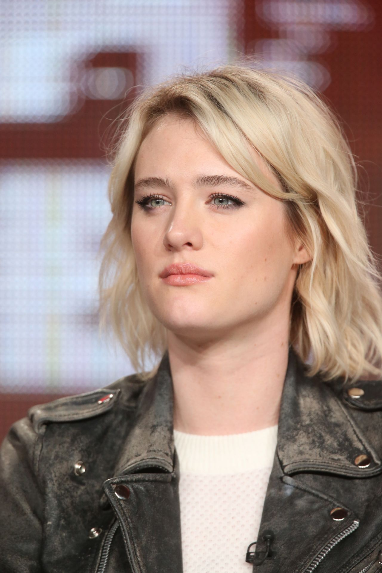 mackenzie davis height